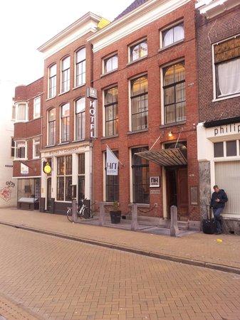NH Groningen Hotel de Ville: Gevel