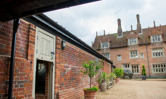 Hautbois Hall: Outside view of Haybarn overlooking the courtyard