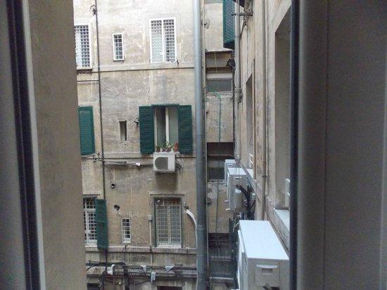 Hotel Roma Vaticano : View from room