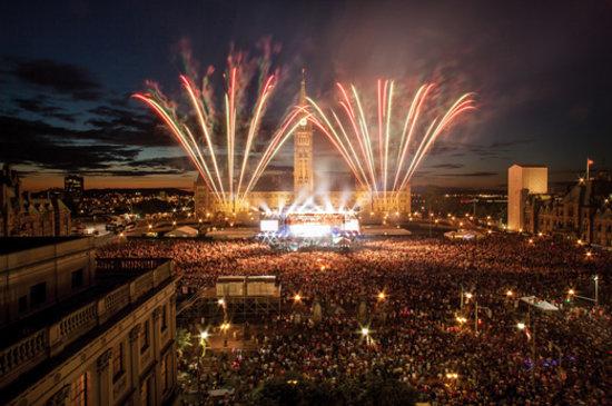 Ottawa, Canada: Canada Day fireworks on Parliament Hill | CTC