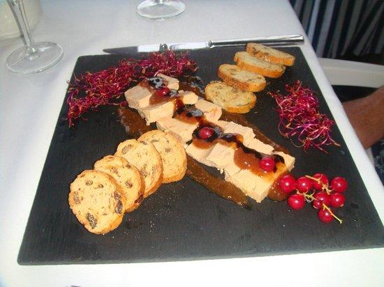 Hotel Terramarina: Гусиную печень готовят потрясающе!