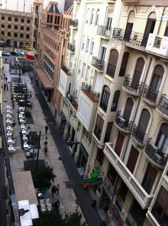 Hotel Sorolla Centro: Вид с балкона утром