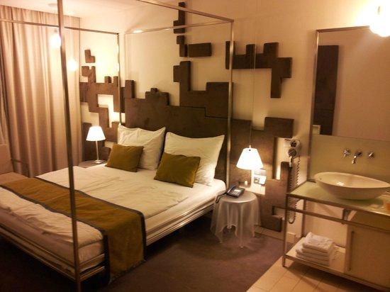Pure White: Hotel Room