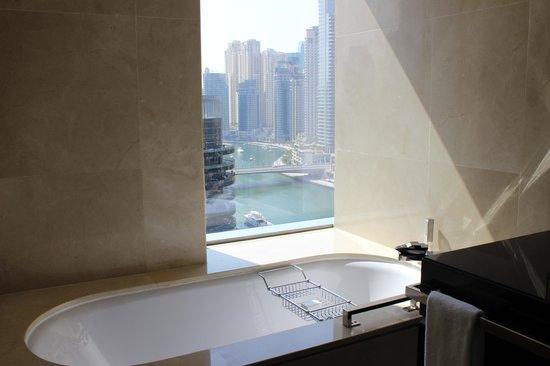 Address Dubai Marina: Clean & Relaxing ..