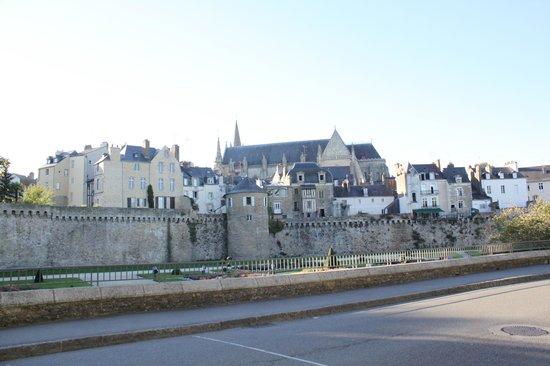 Centre Historique de Vannes : Вид на старый город