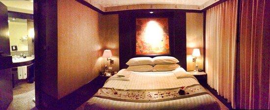Banyan Tree Bangkok: room