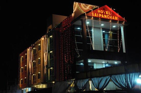 Hotel Saipancham: front view