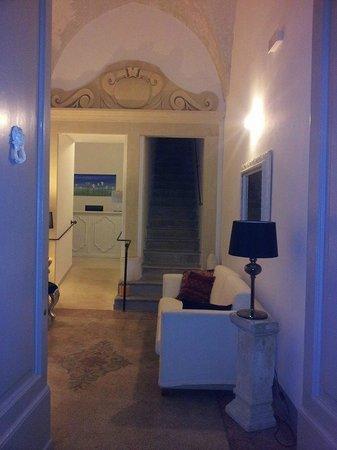 Up Room & Suite: ...apriamo le porte e......