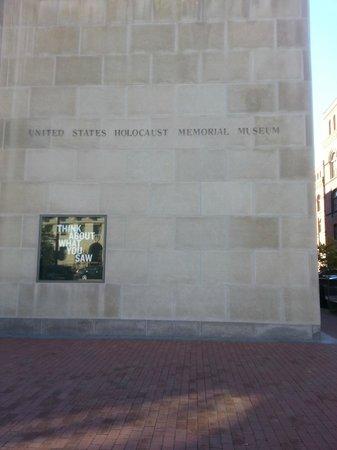 Museo Memorial del Holocausto de Estados Unidos: Front of the Museum