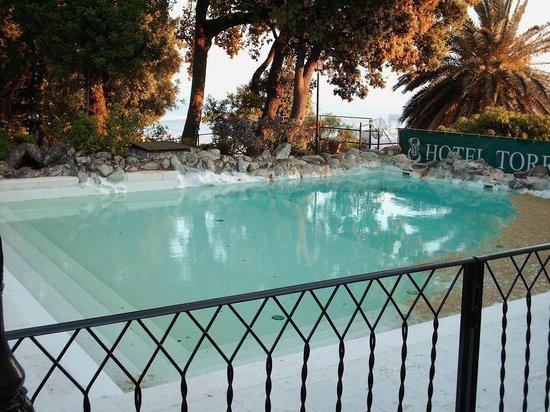 Hotel Torre Cambiaso: piscine sale