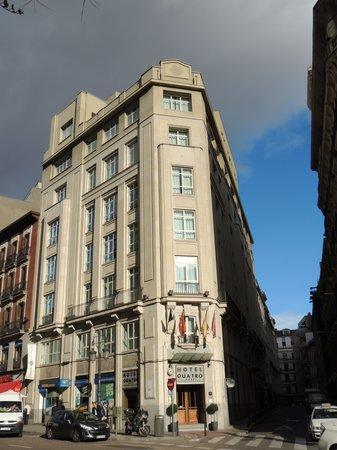 Quatro Puerta del Sol Hotel: hotel extérieur
