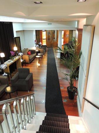 Quatro Puerta del Sol Hotel : Hall d'entrée