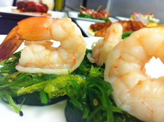 Calilou: Citrus Shrimp with Cucumber and Seaweed Salad