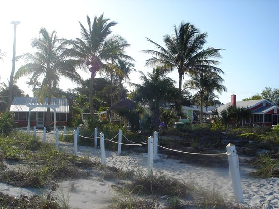 Castaways Cottages of Sanibel: view from the beach