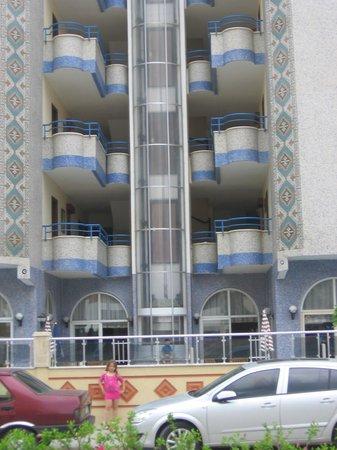 Mahmutlar Suit Hotel