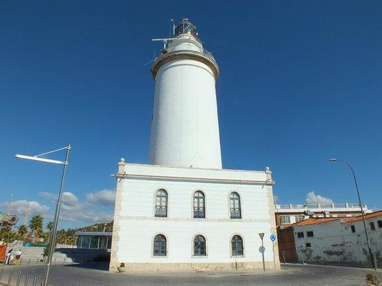 Puerto de Málaga : Lighthouse