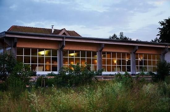 Hotel Haferland: Nächtlicher Blick auf das Hallenbad