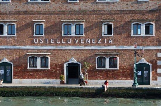Generator Hostel Venice: la fachada