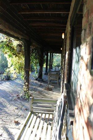 Elvey Farm : Outside stable suites