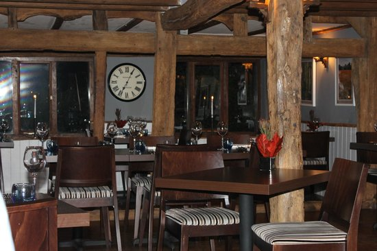 Elvey Farm: Restaurant