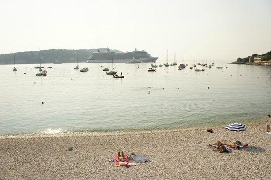 Hotel Darse: пляж рядом с отелем