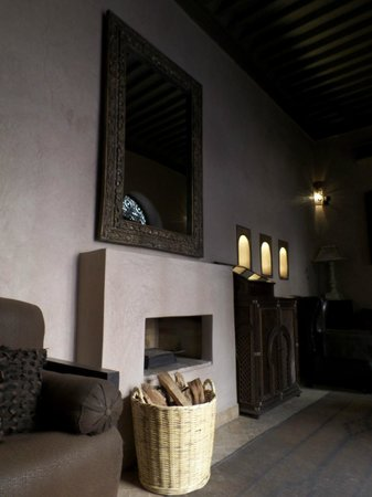 "Riad Noir d'Ivoire : The ""smoking room"""
