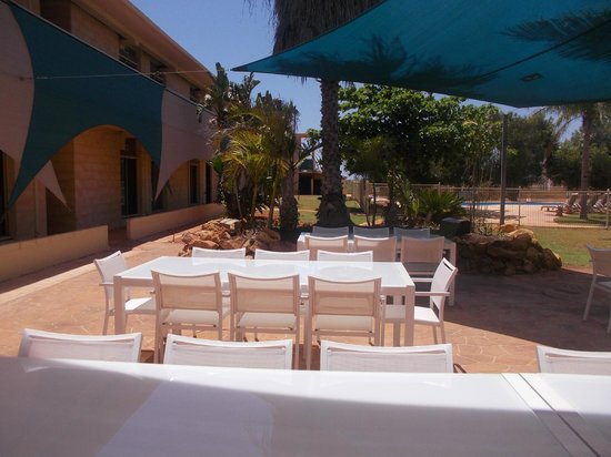 Sea Breeze Resort: Bbq area