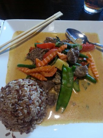 Malakor Thai Cafe: Red curry with beef