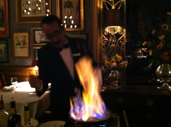 The Brown Palace Hotel and Spa, Autograph Collection: Tableside Bananas Foster