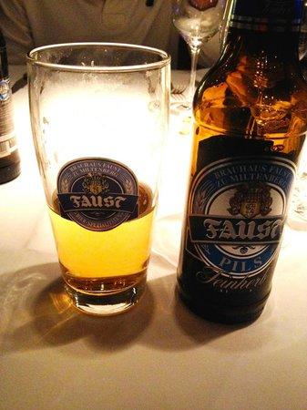 Grill Royal: Cerveja Long Neck Fause