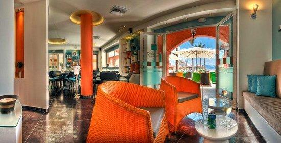 Rendezvous Lounge: Rendez vous lounge Porto Cupecoy