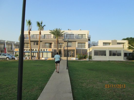 Penelope Beach Hotel: отель