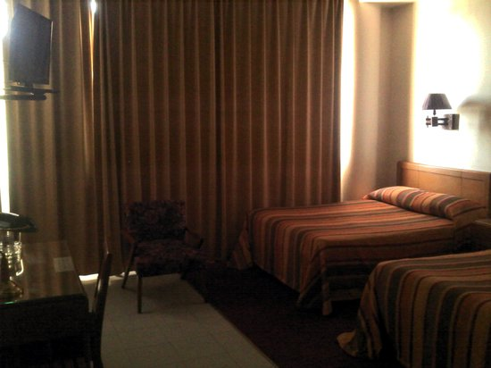 Hotel Calvete: Habitacion ESTANDAR TV LED