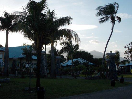Grande Island Resort: sunset