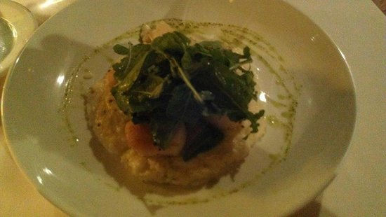 Firestone's Culinary Tavern: Diver Scallops at Firestone's in Frederick