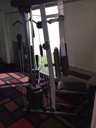 Days Inn Columbia I-70: The gym