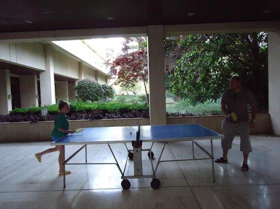 Ozkaymak Falez Hotel: Теннис с дочкой