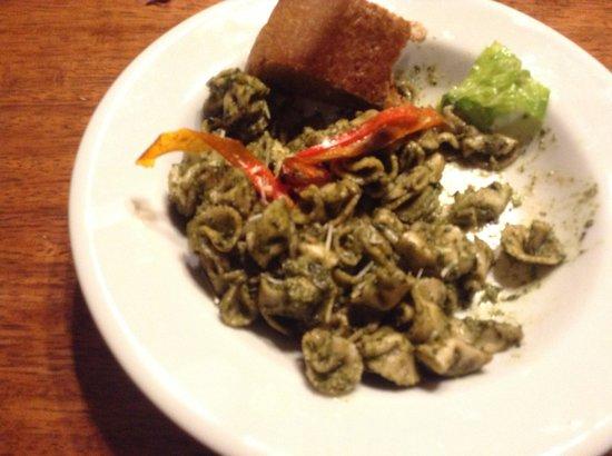 Community Hostel: Dinner Food