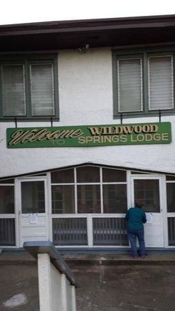Wildwood Springs Lodge: Lodge