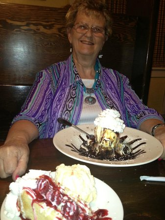 Garden House of Cedar City : My companion with her decadent chocolat dessert