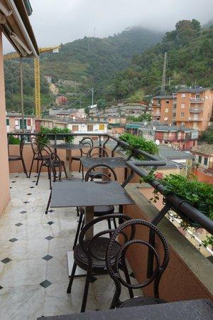 Hotel Villa Steno : Outdoor breakfast area