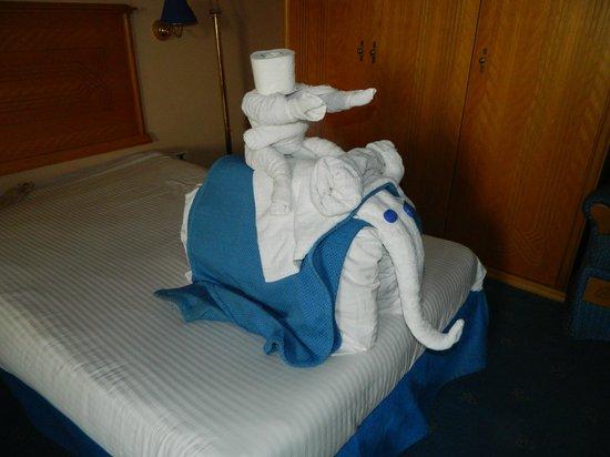 Golden 5 Almas Resort: Вот такие лебеди!