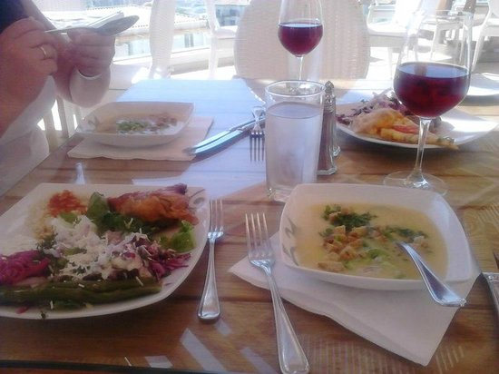 Mitsis Blue Domes Resort & Spa: Ужин.