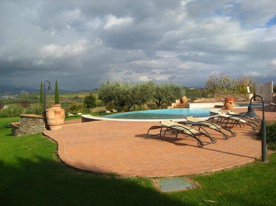 Borgobrufa SPA Resort: piscina estiva