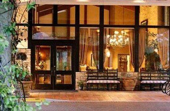 Photo of Westlake Village Inn