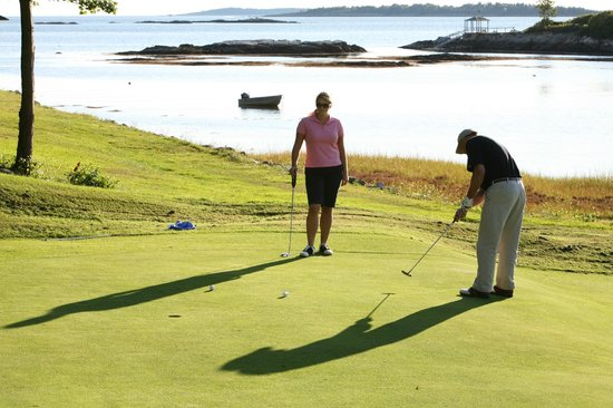 Sebasco Harbor Resort : Second Green