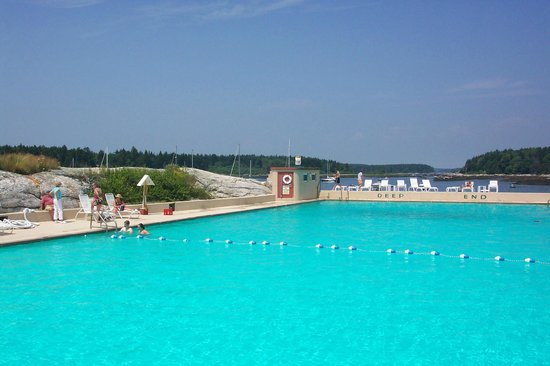 Sebasco Harbor Resort : Maine's largest saltwater pool