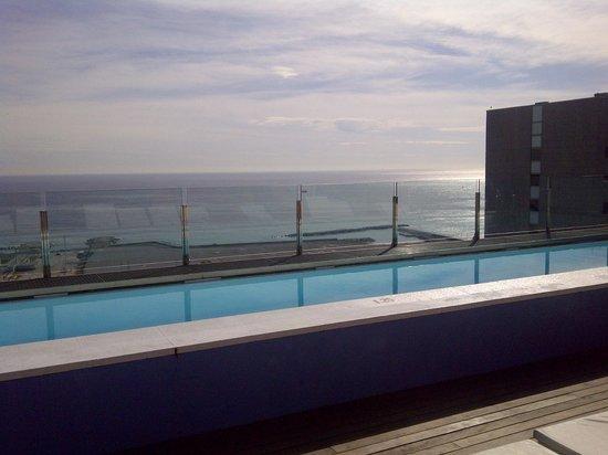Barcelona Princess: Pool auf dem Dach