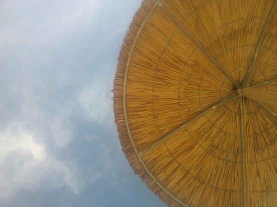 Pachis Beach: Вид в небо с лежака
