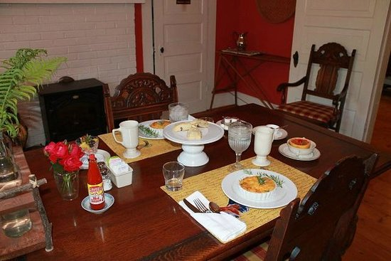 Moore Farm House B&B: A delicious start to the day